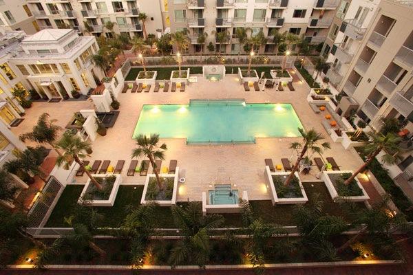 Наш апартмент комплекс в Санта-Кларе, Калифорния